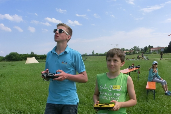 2015-06-13-schnupperflugtag-413F4F6FDAA-FE6A-6B23-7146-86D383DA8CF6.jpg