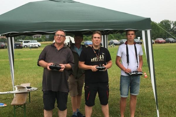 2017-schnupperflugtag-0158837BD36-FD7B-FD23-F0A3-DA6AF4AE5A07.jpg