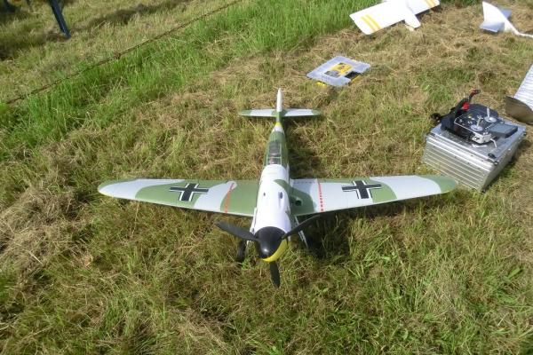 2015-06-14-mcm-jubilaeumsfliegen-02796CF9FE0-7A20-EEFA-2B7B-103EE1B549B9.jpg