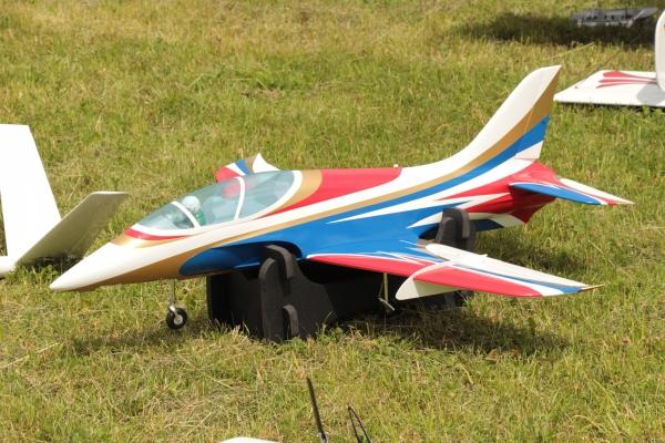 2018-06-24-modellflugtag-12DA93CD40-D854-522E-F81B-014150360301.jpg